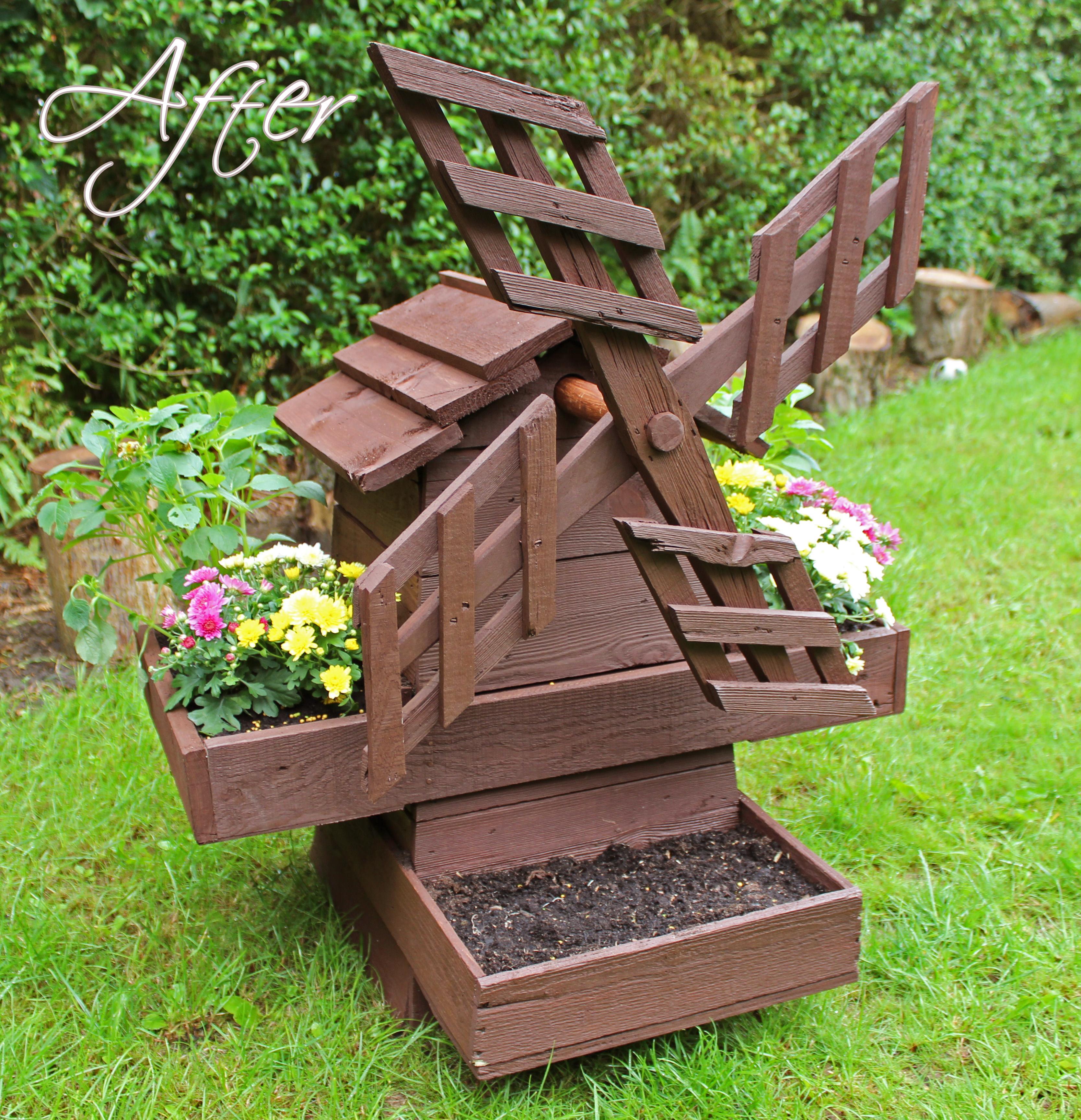 Деревянная мельница для сада своими руками