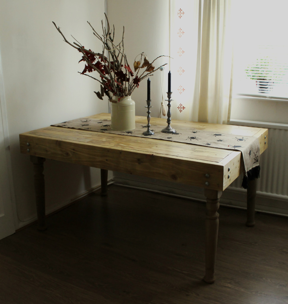 Up-cycled Pallet Table Making 04